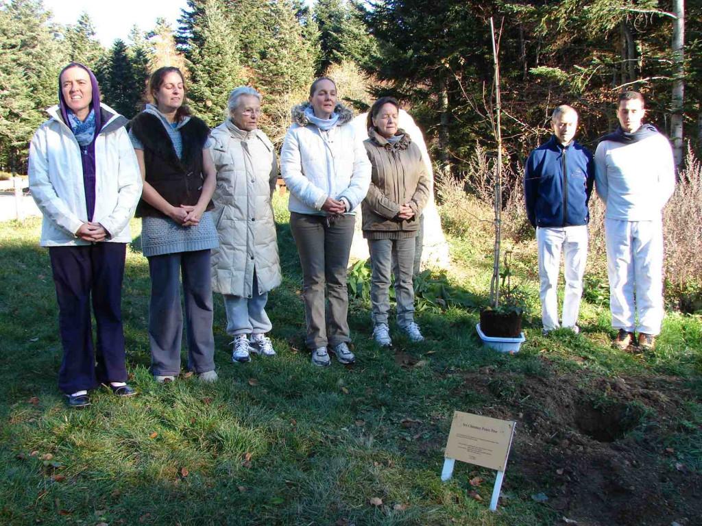 Chants sacrés lors de la plantation de l'arbre de Paix