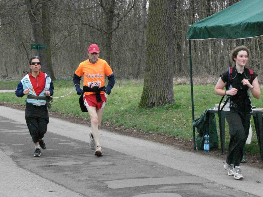 Le 1er Marathon du Sri Chinmoy Marathon Team au Bois de Vincennes à Paris s'est déroulé ce 18 mars 2012 dans - Service Gratuit ©-Marathon-SCMT-Paris-au-Bois-de-Vincennes-1024x768